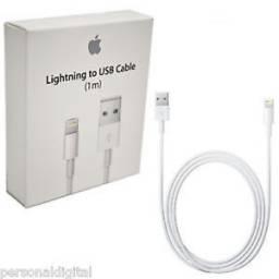 Cable de Datos Original de 1M Apple iPhone 6, 7, 8, X - Presentación Retail (MD818)
